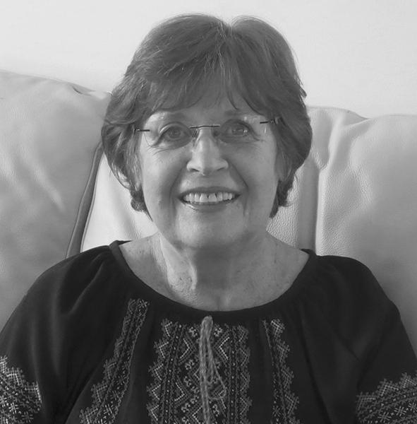 Lesia-Hawrelak-Author-Headshot
