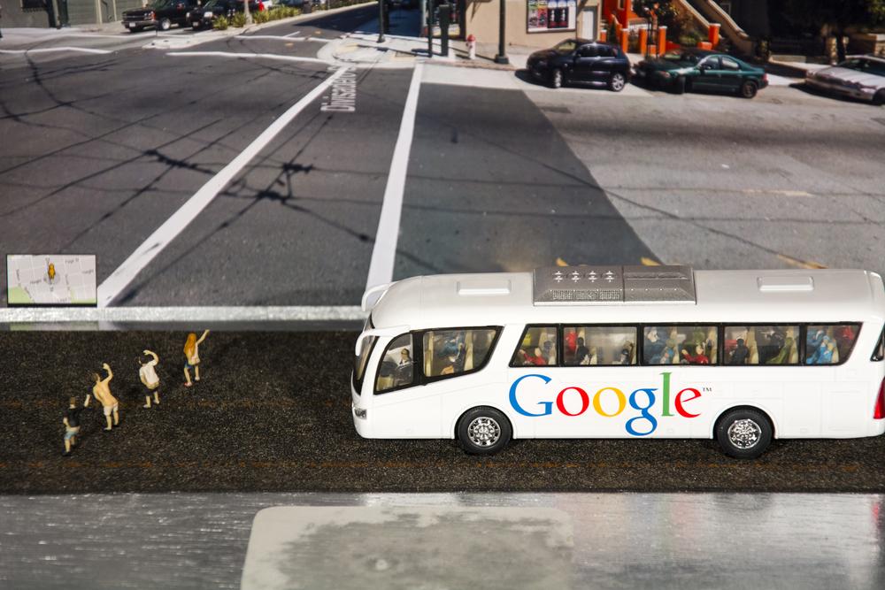 Google Mooning