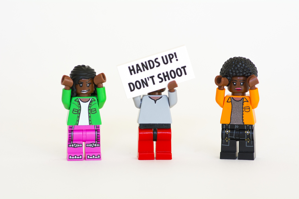 Hands up! Don't Shoot