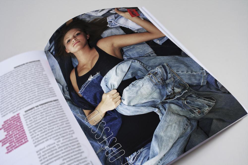 magazineLevis.jpg