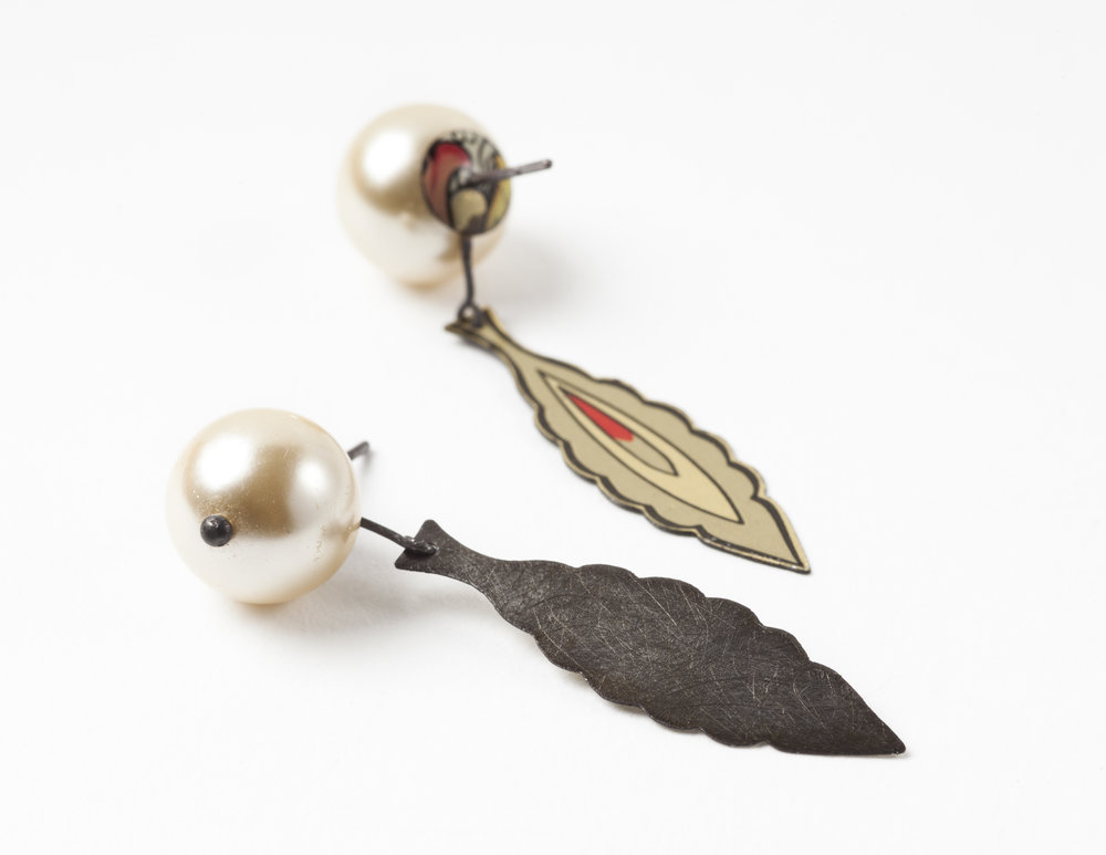 Pearl Red/Gold Earrings, 2017