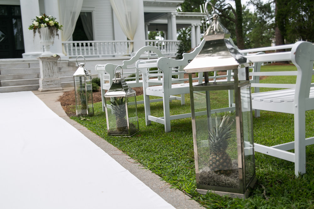 wedding aisle markers river forest manor