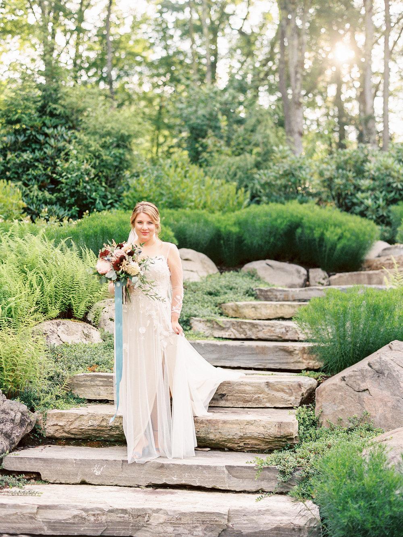 bridal portrait Monique Lhuillier applique wedding gown