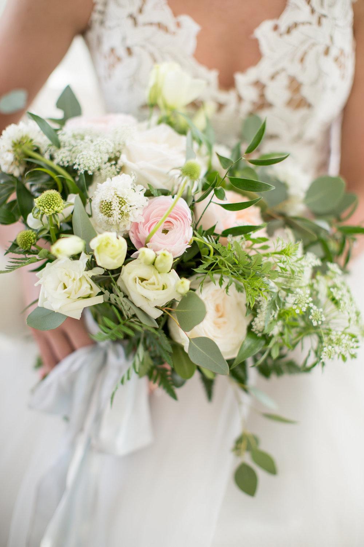 Coastal Inspired Bridal Portraits Belhaven NC Bridal Bouquet