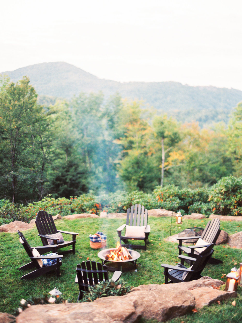 NC Mountain Home Wedding Outdoor Cocktail Hour