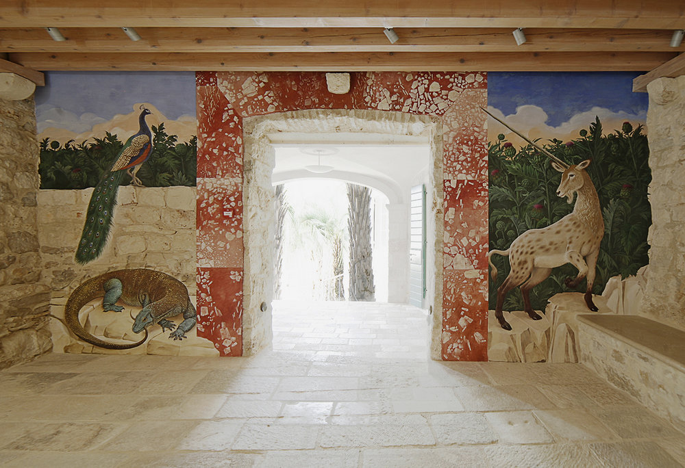 PARADISE . The Guardians   ENTRANCE HALL DEFINIS  affresco . ~ 3 x 7,5 m  2017 work in progress...