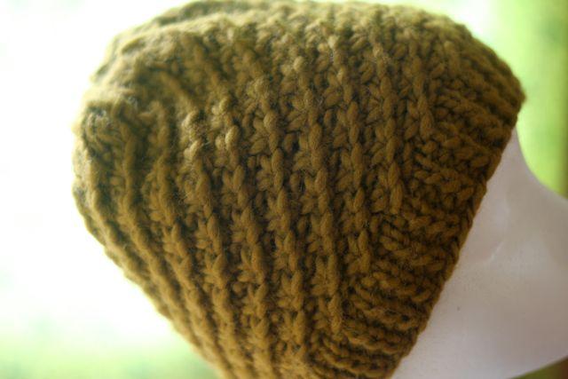 Daisy Stitch Hat Pattern   Hannah Fettig