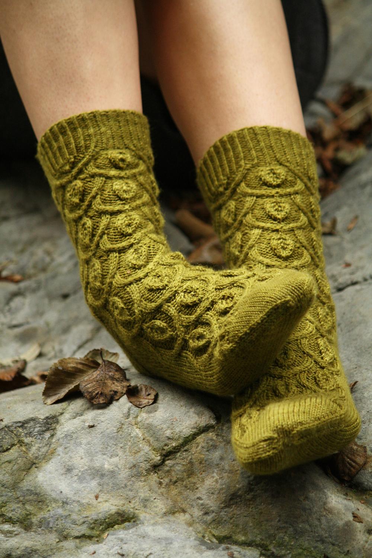 Ivy Trellis Socks 2.jpg