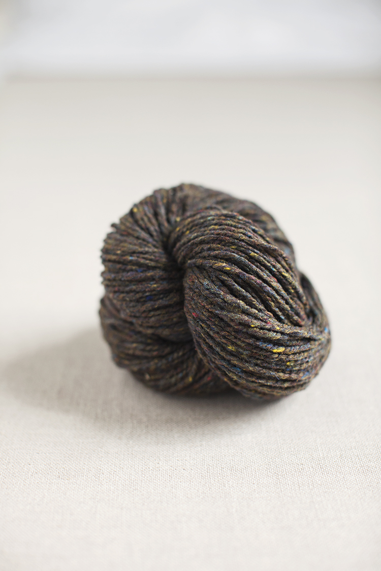 Brooklyn Tweed Loft in Meteorite - I love how this color is neutral and colorful at the same time!