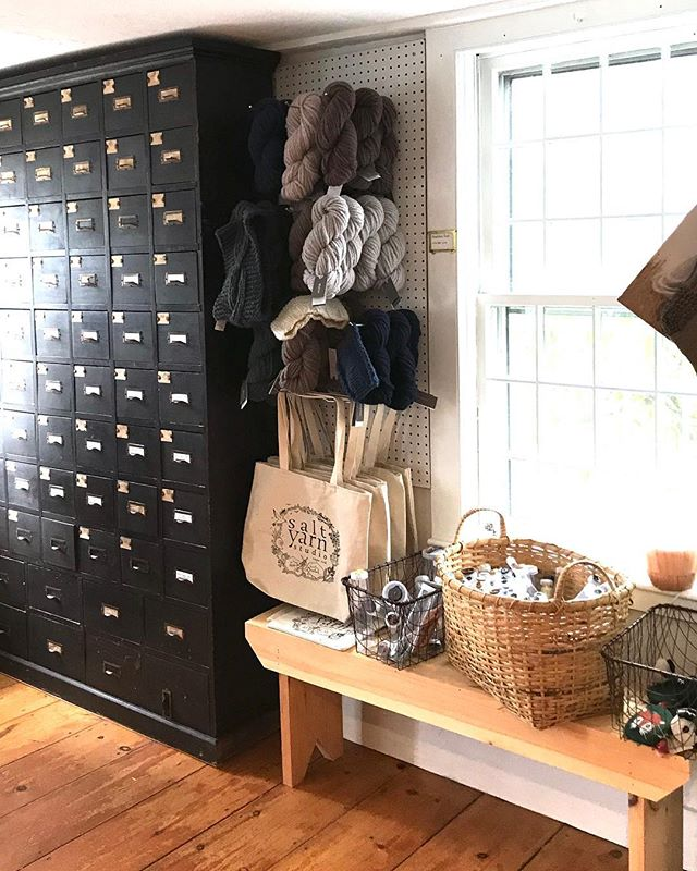 Beautiful yarn shop alert!  Come to Cape Cod, MA and discover the gem of a space that is @saltyarnstudio ✨ We are scheming an event together for later this year, I'll keep you posted. #yarnshop #supportyourlys #lys #saltyarnstudio #capecod #learntoknit