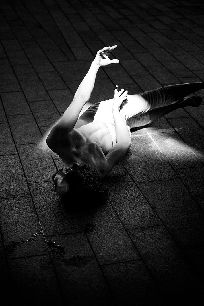 Samuel_Zeller_Aymon_Barrio_Dancers_02.jpg