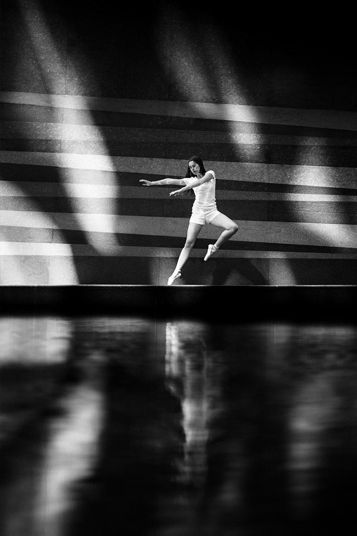 Samuel_Zeller_Aiste_Pogozelskyte_Dancers_02.jpg