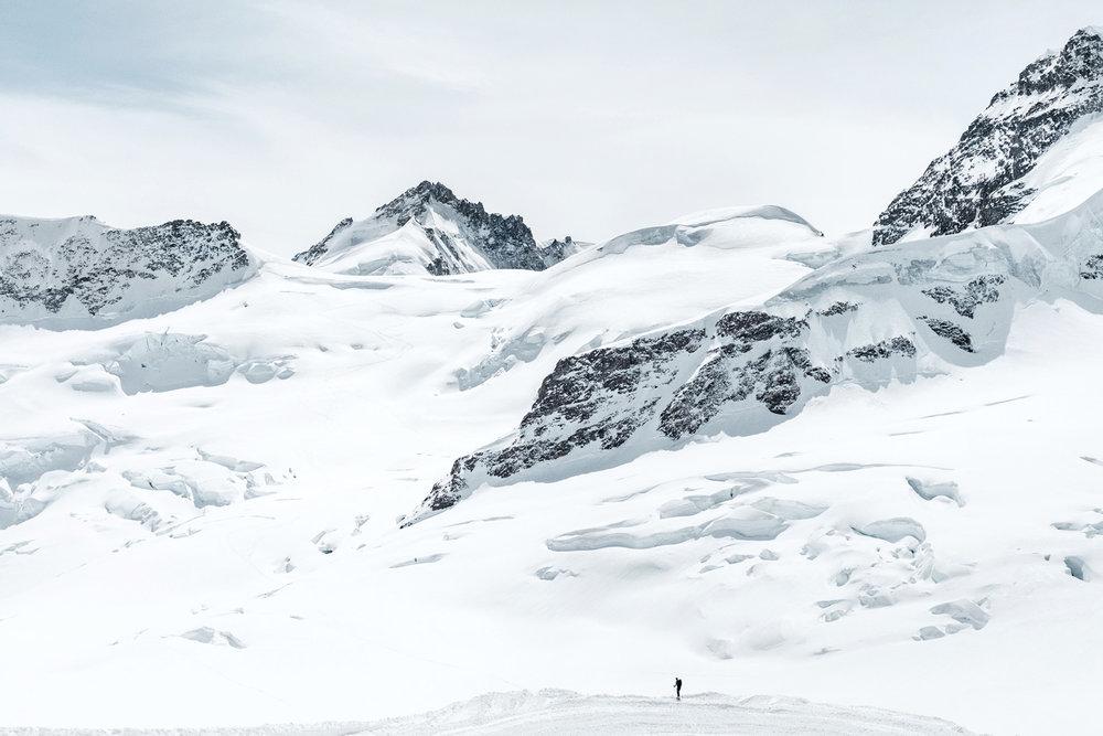 Samuel-Zeller-Jungfraujoch-sphinx-observatory-04b.jpg