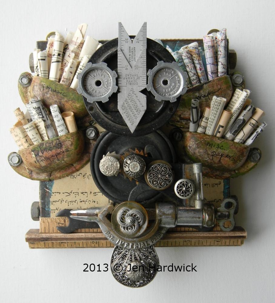 """Paper Owl"""
