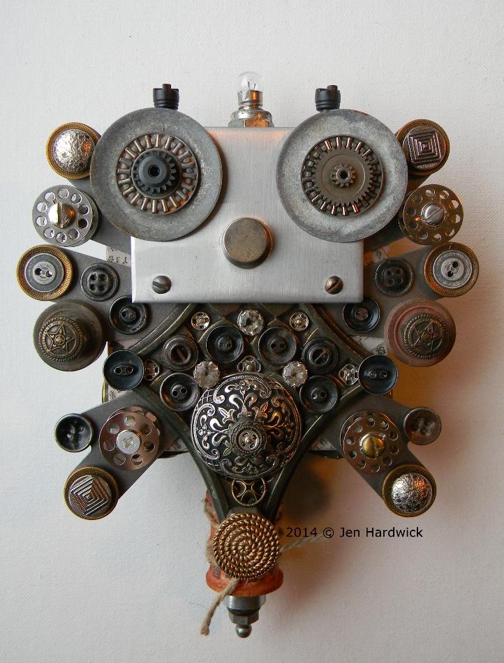 """Buttons & Bobbins Bug"""