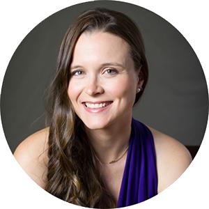 Amanda / Social Media & Blogging Strategist, Author, Photographer