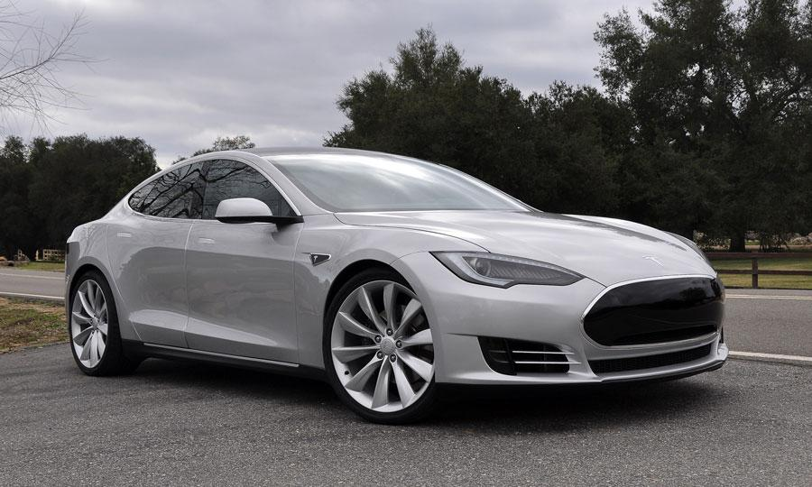 2012-Tesla-Model-S-Alpha4.jpeg
