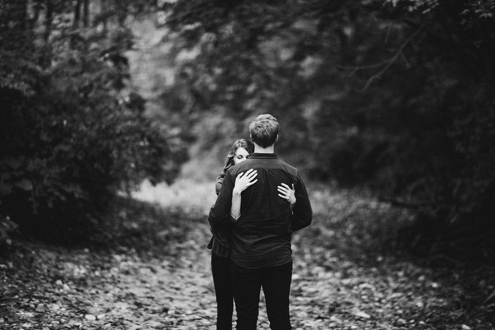 Capen Park Riverside Forest Engagement Photos_Kindling Wedding Photography Blog45.JPG