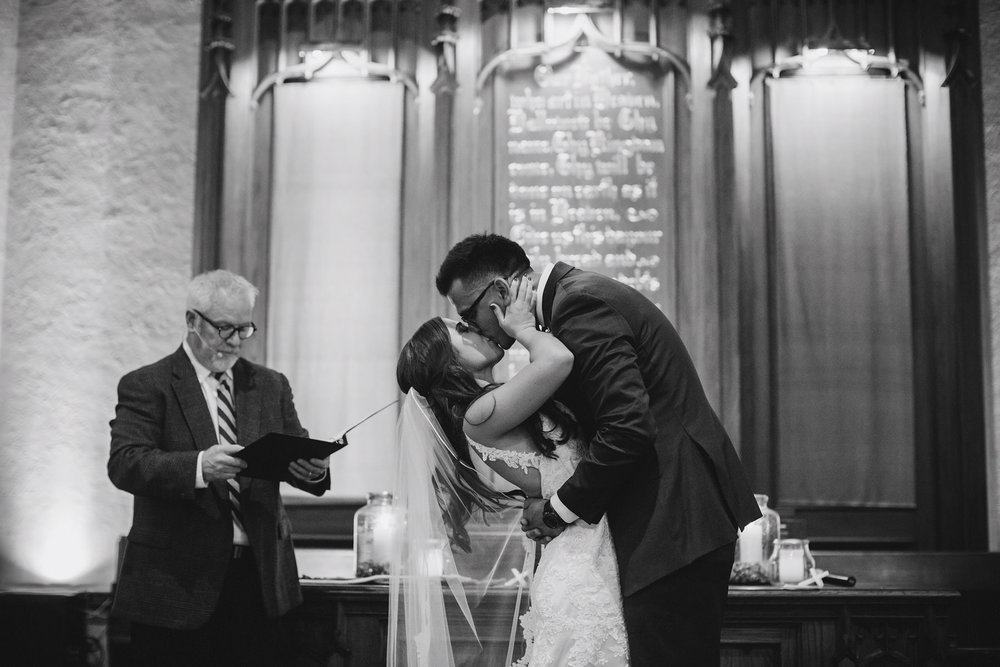 Kansas City Summer Wedding at the Guild_Kindling Wedding Photography Blog58.JPG
