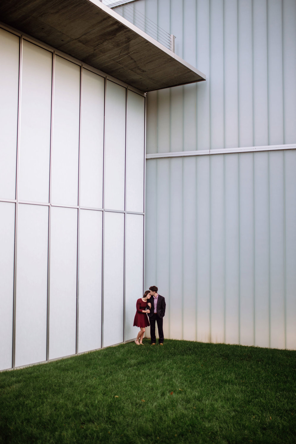 Nelson-Atkins Museum Engagmentshoot_Kansas City_Kindling Wedding Photography (Blog)40.JPG
