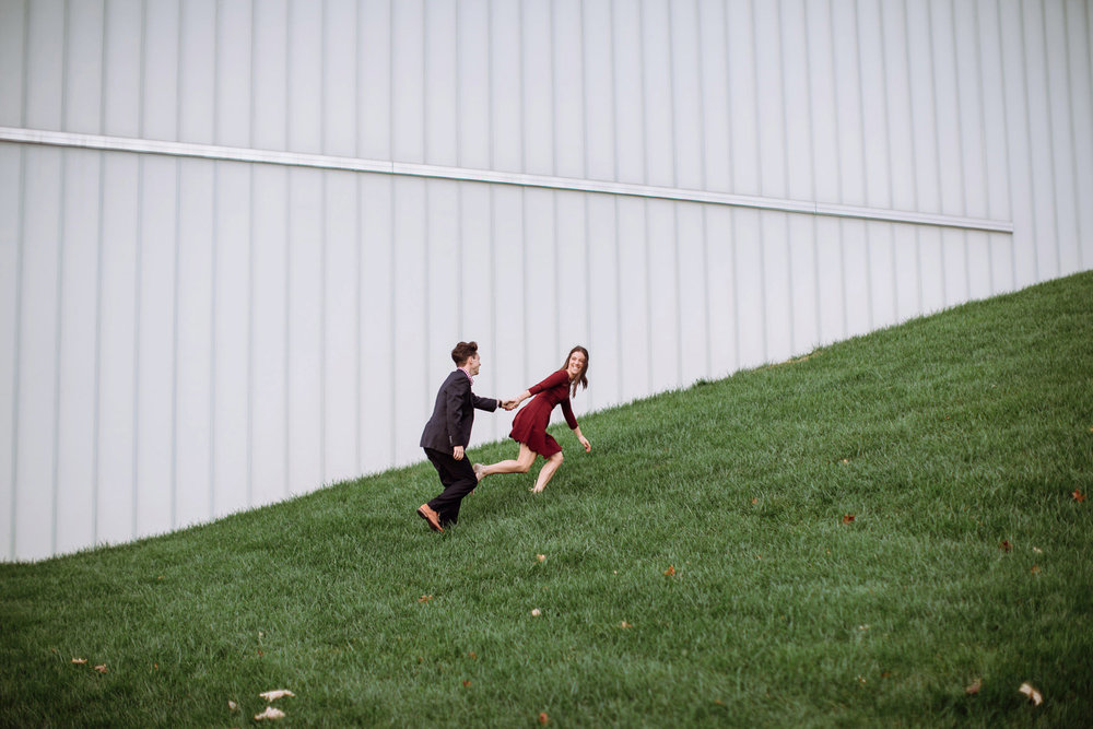153_Nelson Atkins Art Museum Engagement Session Kansas City, Missouri_Kindling Wedding Photography.JPG