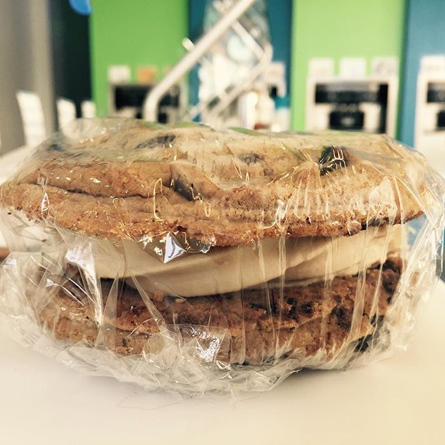 """#mywhirledpeace makes #cookiesandwiches with my favorite #froyo and toppings inside!"" Come try a Froyo Cookie Sandwich made to order @whirledpeace !"