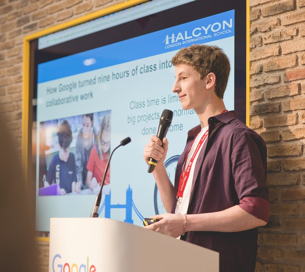 Eric in G11 presenting on the Google stand for BETT 2016