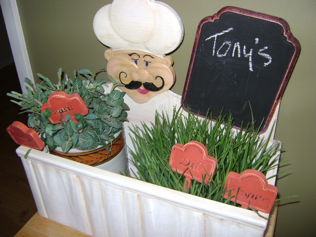 Create this great Herb Garden from Suzanne Ramsey.!