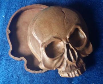 Thank Graham for the lovely skull box image!!!