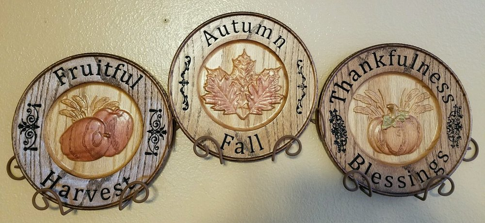 Nice completed decorative plates from Patrick & April Eaton!
