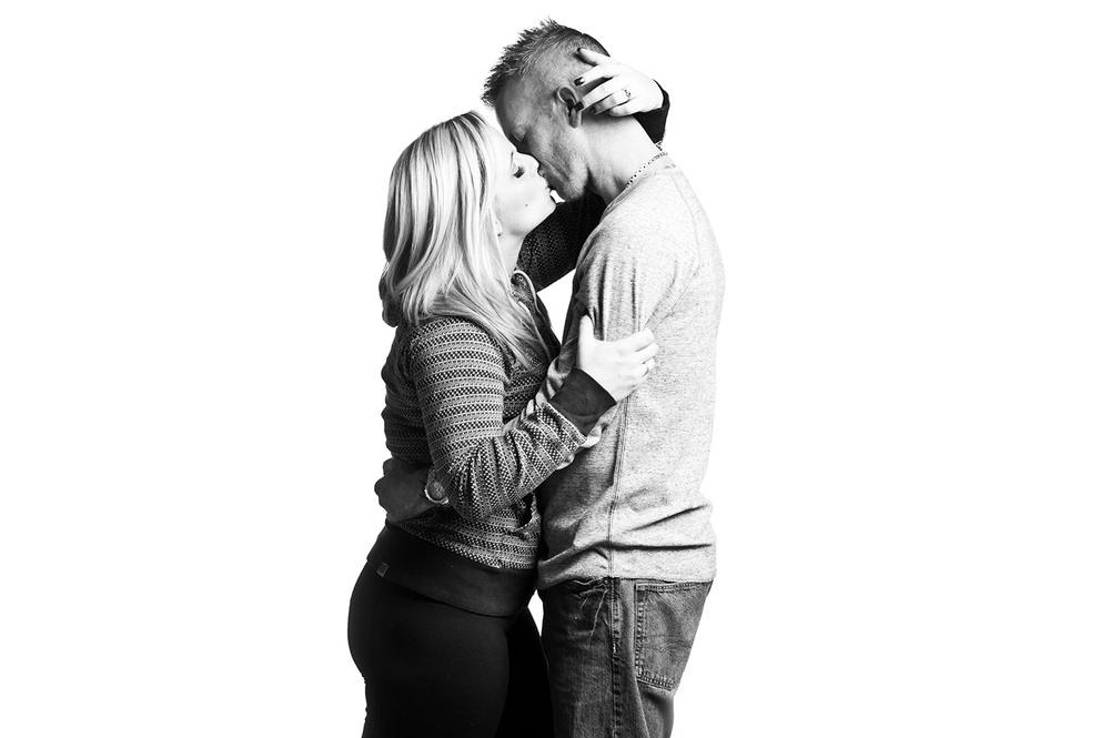 Carly&Kyle_B_W-8.jpg