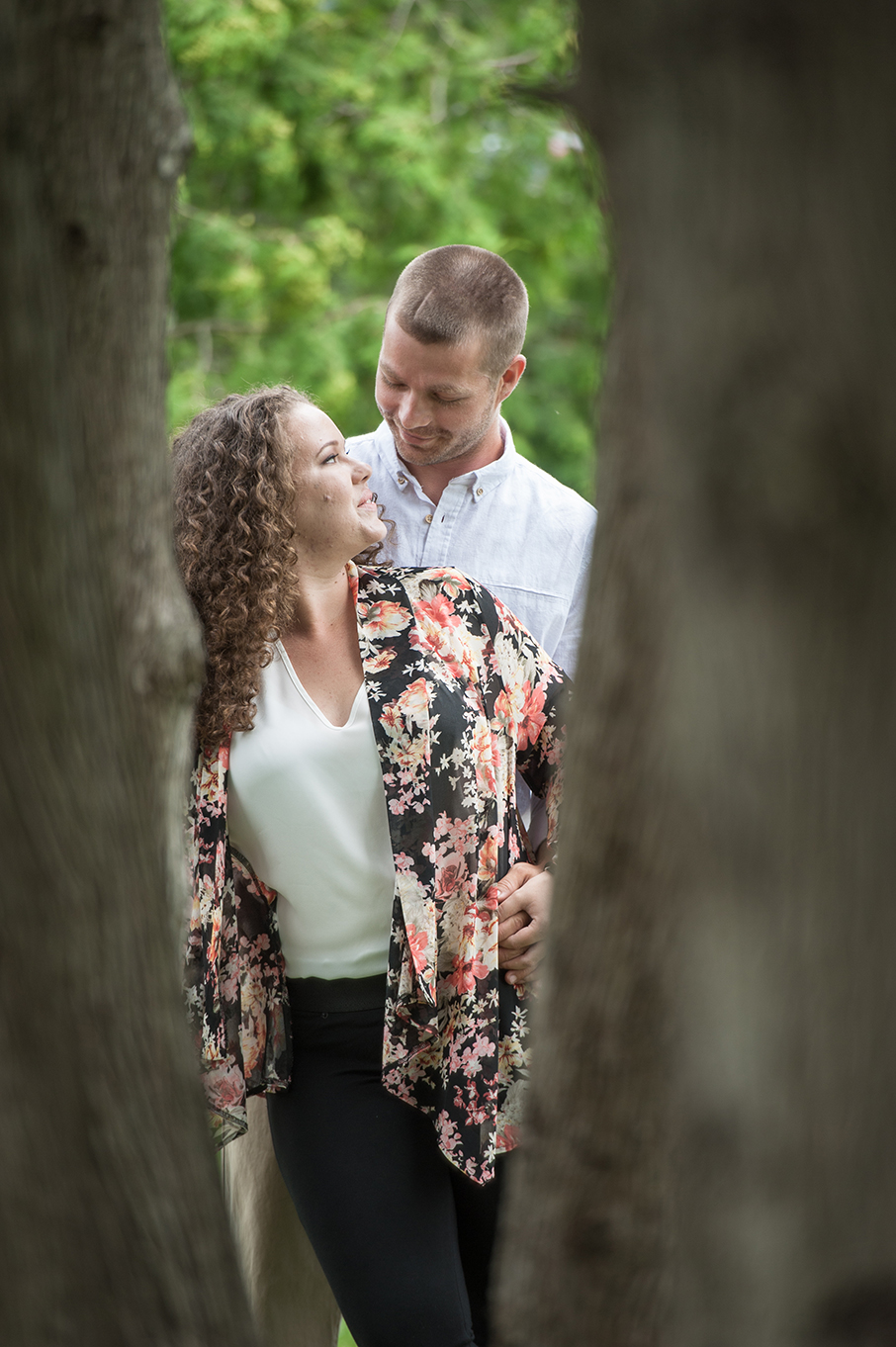 Holly&Rob_EngagementSession-37.jpg