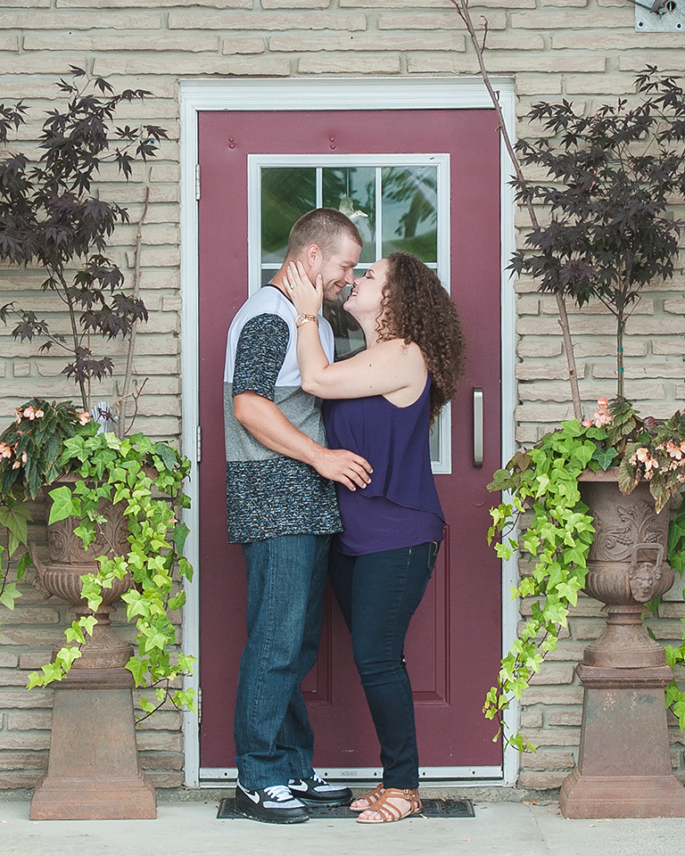 Holly&Rob_EngagementSession-112.jpg
