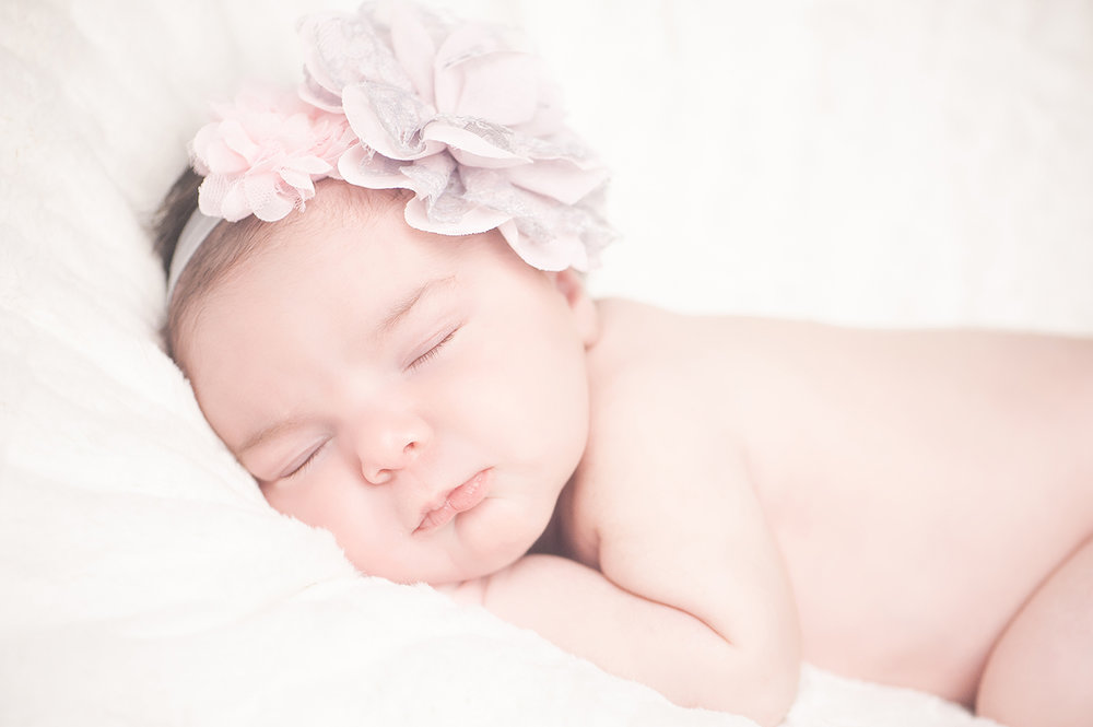 Sophia_NewbornSession-10.jpg