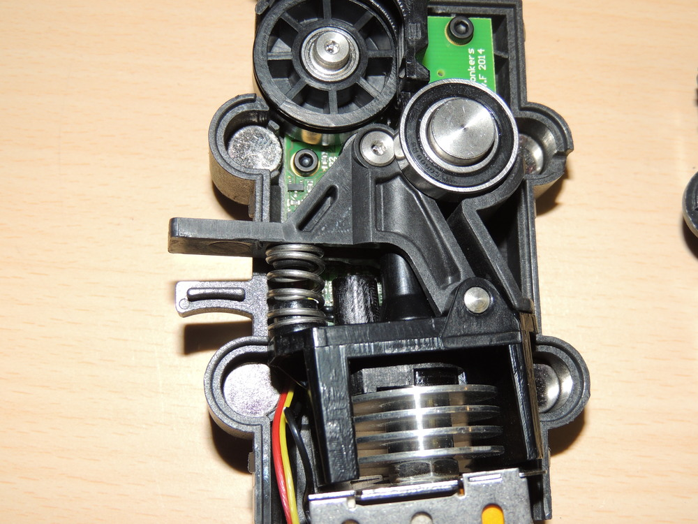 extruder tear-down interior.jpg
