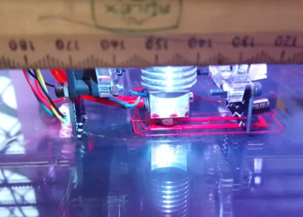 3D printing with magnetic axis error detection