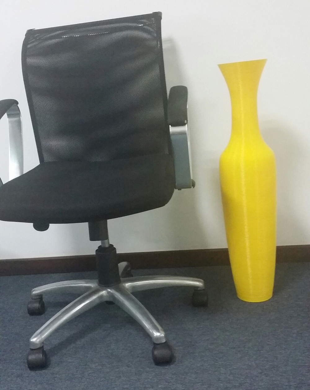 A giant vase printed on the CoLiDo Mega 3D printer
