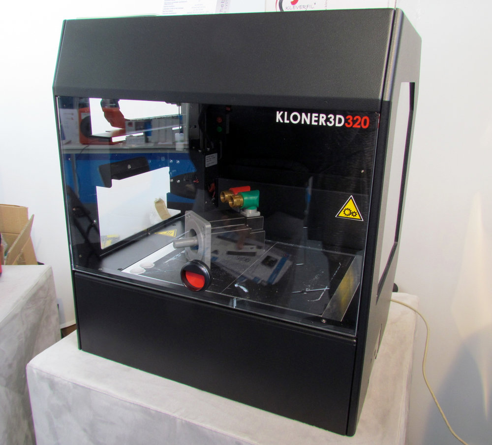 The 240Twin desktop 3D printer from Kloner3D