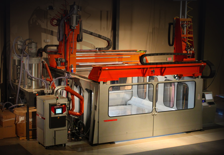 Thermwood's gigantic 3D printer / CNC system