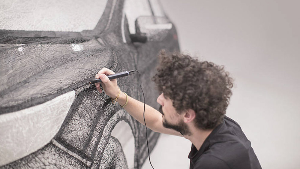 Sculpting a Nissan with only a 3D pen