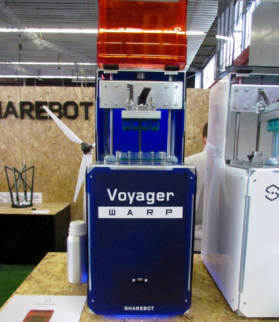The Sharebot Voyager Warp high-speed resin-based 3D printer