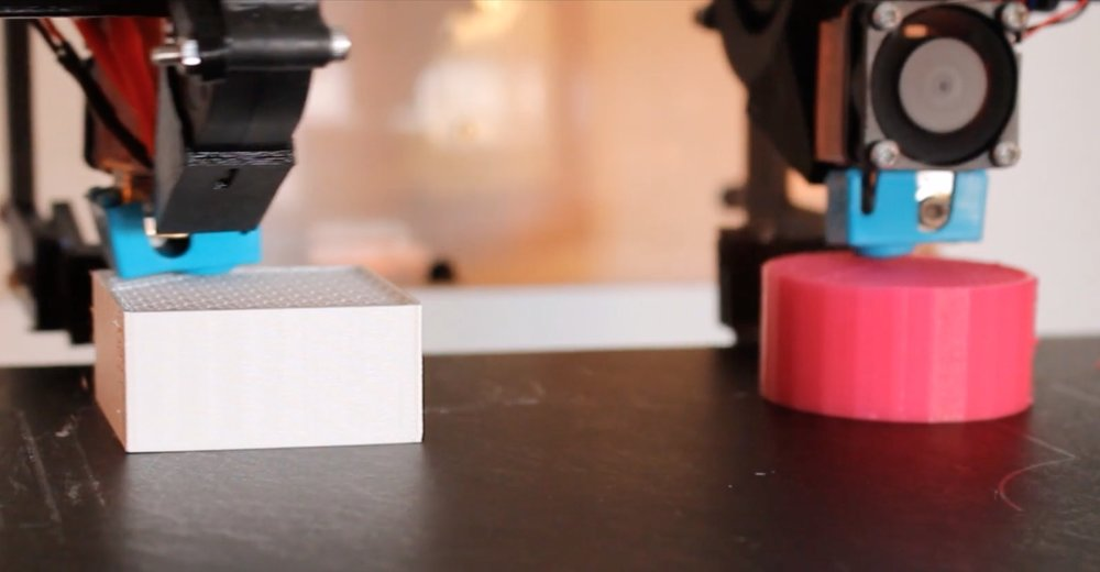 3D printing two items in different colors (or materials) on the Modix Tango