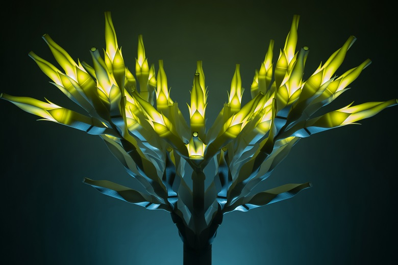 The 3D printed Light, Darkness and Tree sculpture by Korean artist Se Yoon Park
