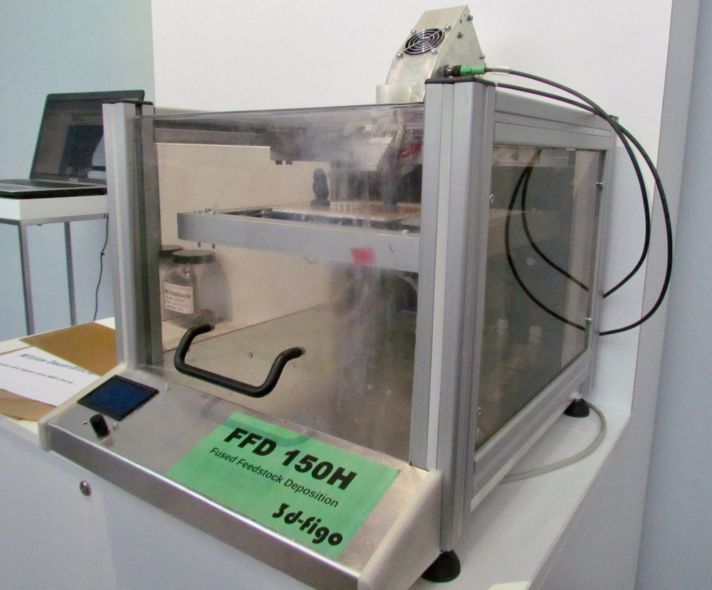 The 3d-figo FFD 150H desktop pellet-based 3D printer
