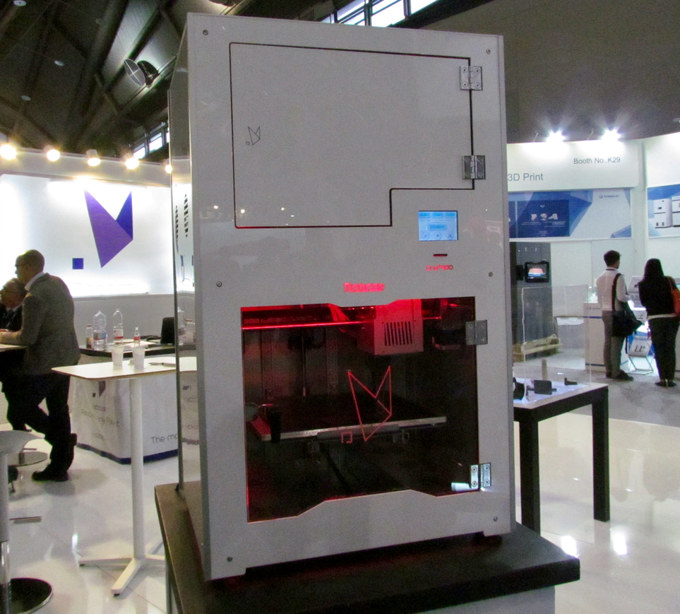 The Roboze One+400 high-temperature 3D printer
