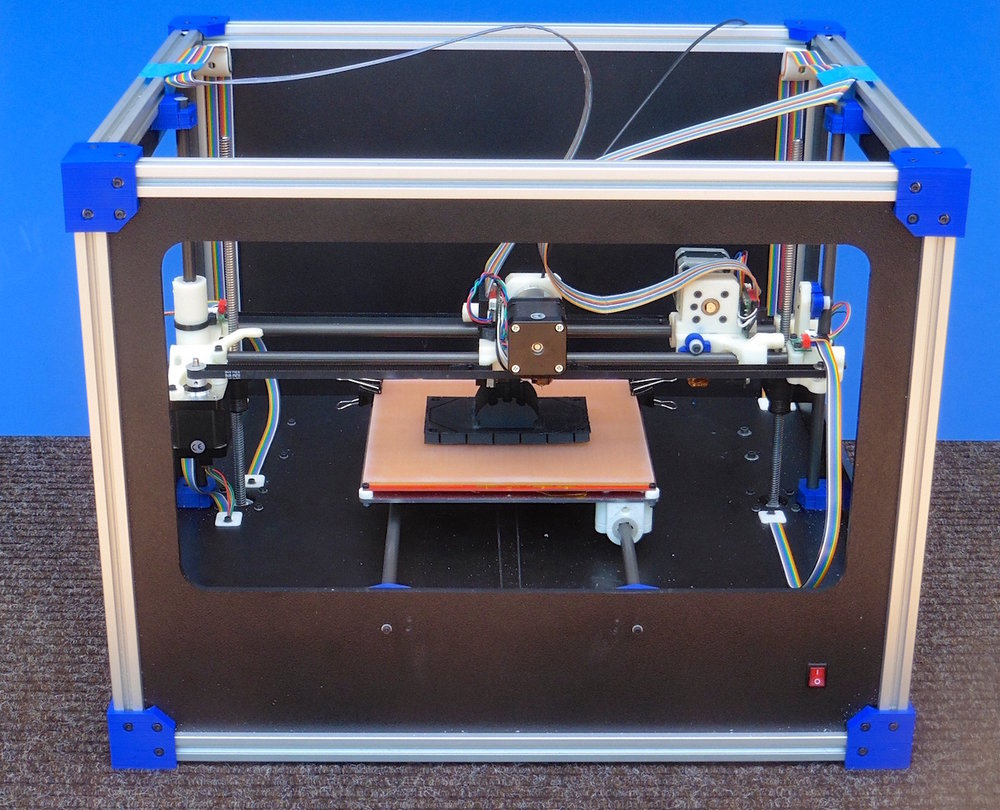 The Fabricatus desktop 3D printer