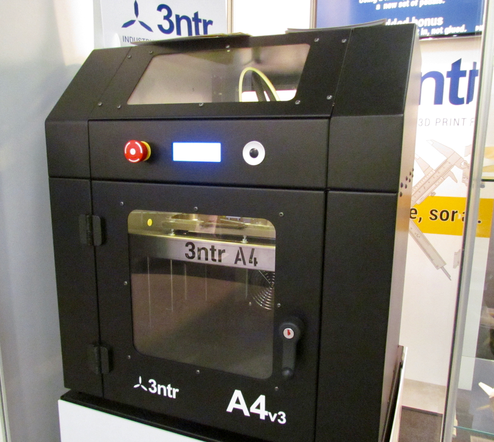 The 3ntr A4 professional 3D printer