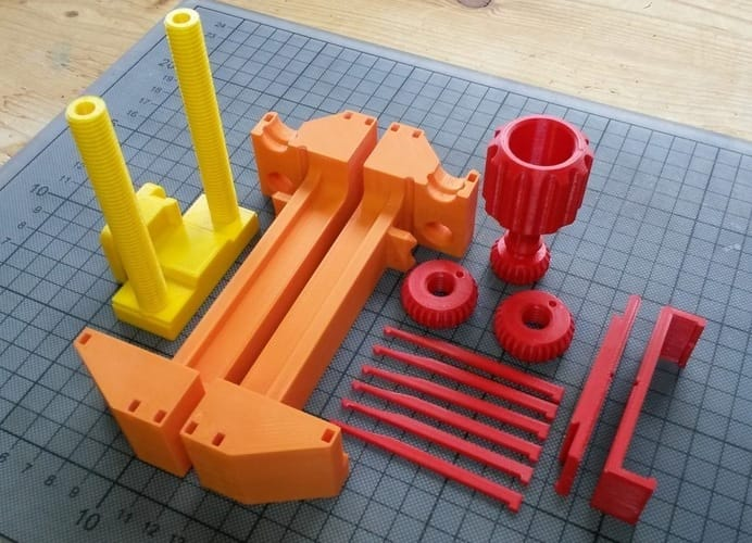 All the pieces required to assemble the 3D printed vise