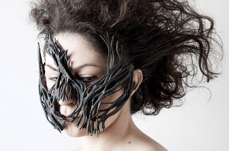 An incredible 3D printed mask made with Windform's materials