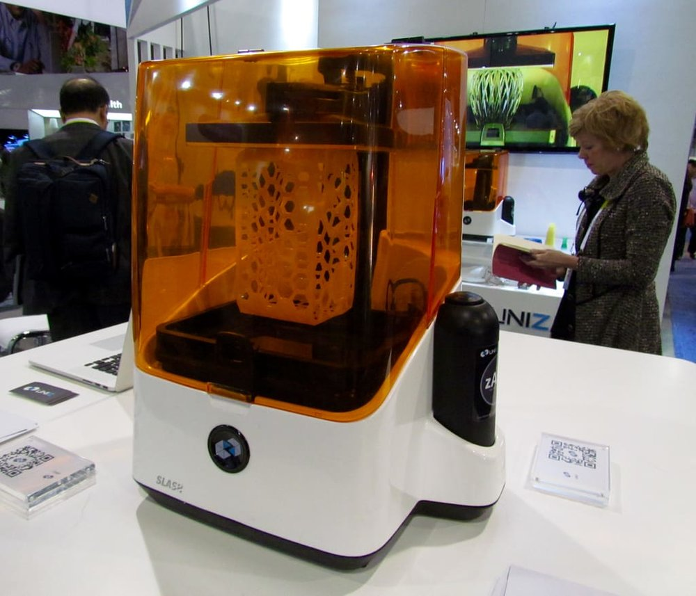 The UNIZ SLASH desktop 3D printer